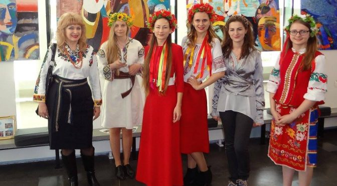 PRESENTATION OF UKRAINE IN BRUGGE BY STUDENTS OF COLLEGE OF EUROPE